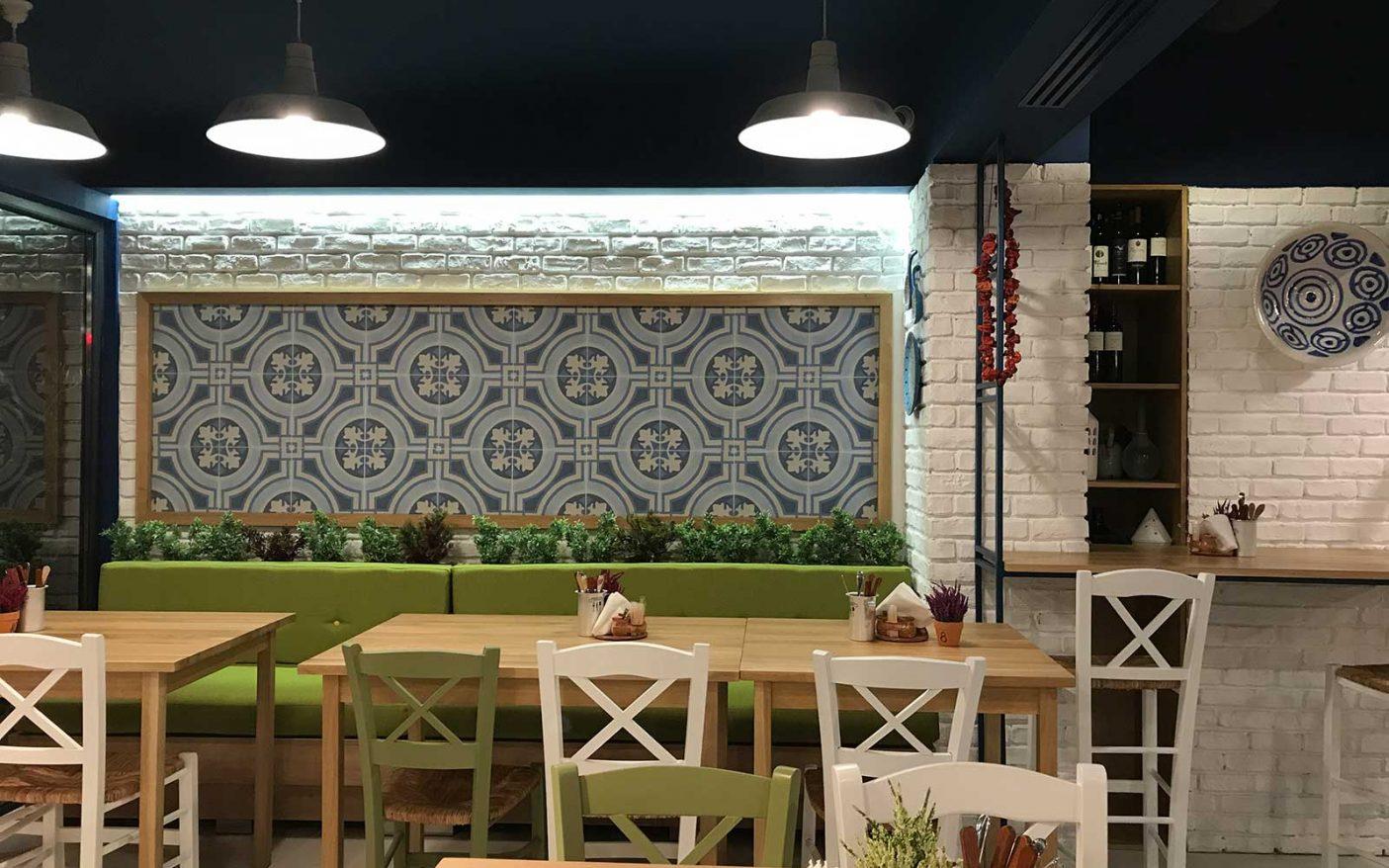 2-Nikos-Greek-Taverna.jpg