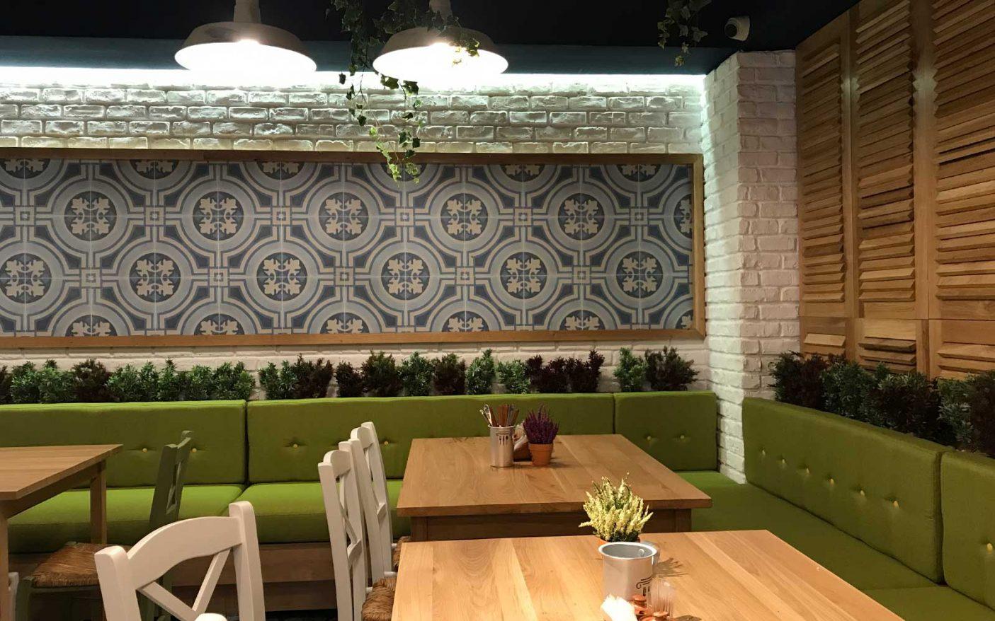 4-Nikos-Greek-Taverna.jpg